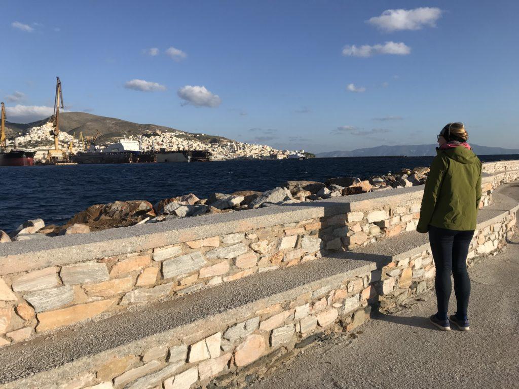 Blick von gegenüber auf die Stadt