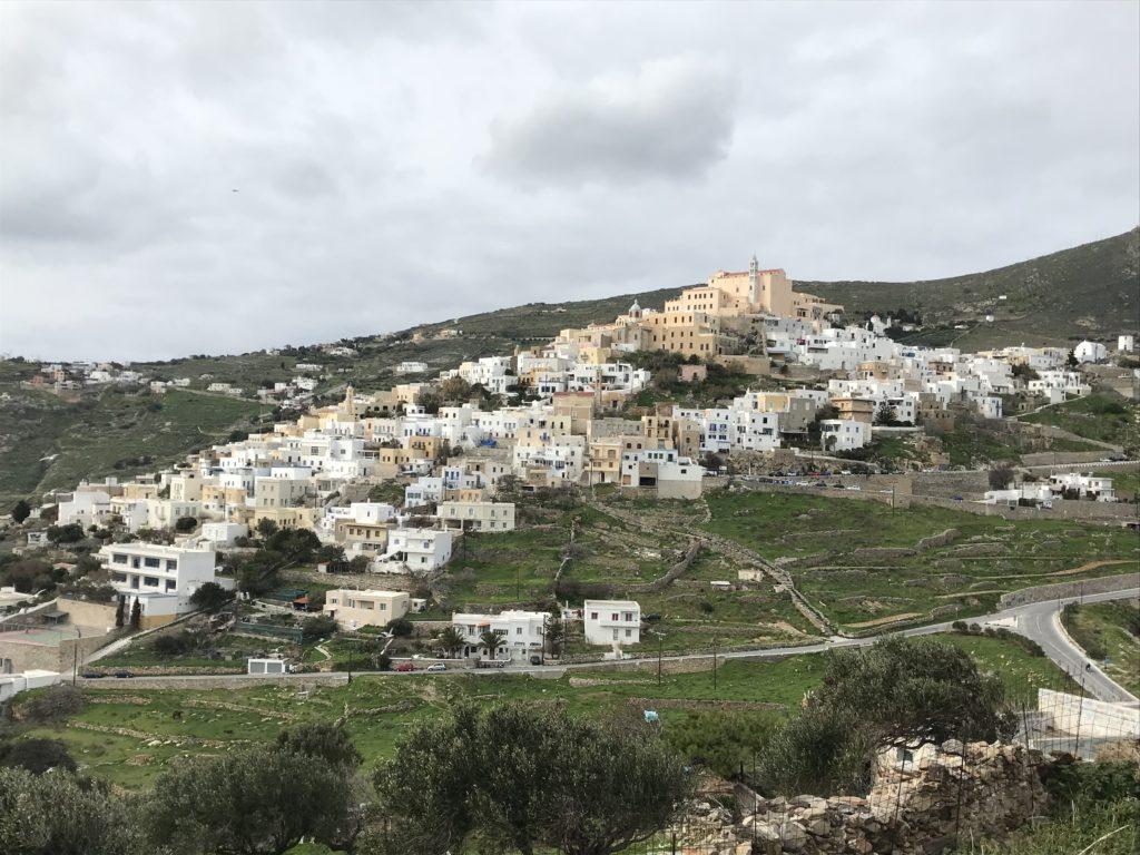Ano Syros mit der katholischen Kirche St. Georg