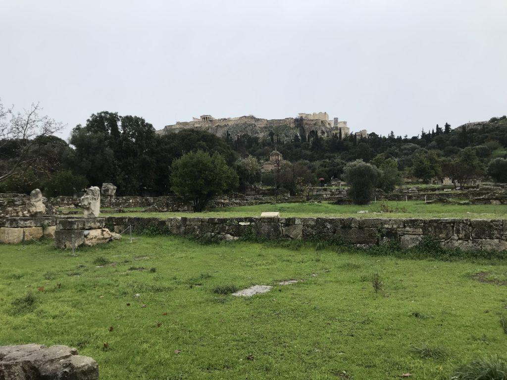 Antike Agora - Versammlungspltz und politisches Zentrum